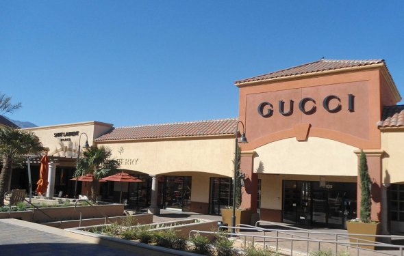Gucci outlet store in cabazon