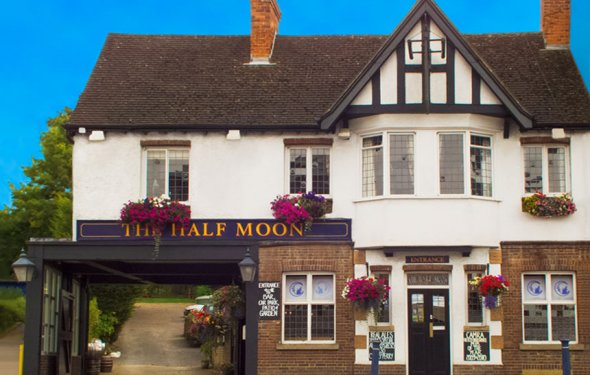 The Half Moon, Hitchin